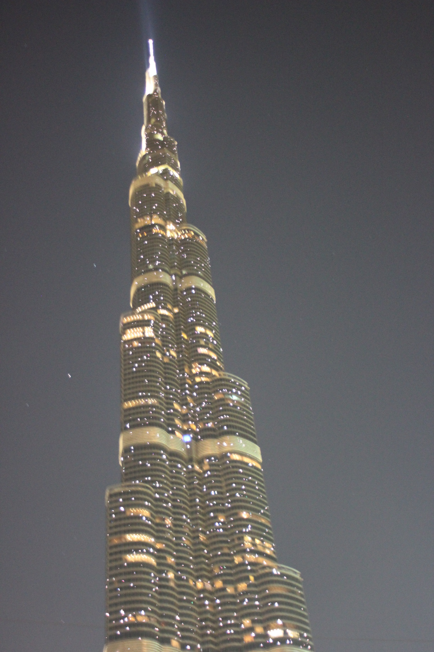 Dubai_BurjKhalifa_amAbend